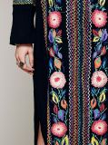 O nylon preto borda o vestido de Greg Mullins das mulheres