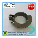 Moulage de précision avec de l'acier utilisé pour le serrage