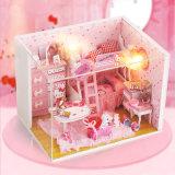 Hello Kitty Dollhouse de bricolaje de madera para niñas