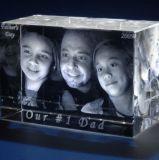 기념품을%s 3D Laser 수정같은 단단한 유리에 의하여 새겨지는 입방체