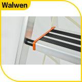 Hotsale inländische faltbare bewegliche Dachboden-Strichleiter 2016 mit Handschiene