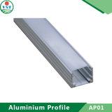 Il profilo di alluminio del tubo con superficie montata per il LED mette a nudo le espulsioni