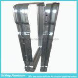 Aluminiumfabrik, die Stampting anodisierendes Aluminiumprofil verbiegt