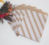 Bolsa de papel del tema del partido de las muchachas ideales para el caramelo