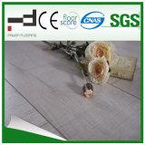 plancher gris-clair de stratifié de qualité de chêne de 12mm Eir