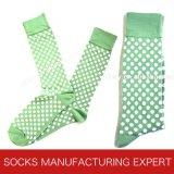 Casual colorido de la manera de los hombres vestido calcetines (UBM 1007)