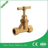 Garnitures en laiton de compactage pour des pipes de Pex, ajustage de précision de laiton de coude de 90 degrés
