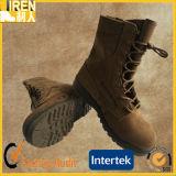 新しいデザインスエード牛革安いメンズ安全靴の軍の砂漠ブート
