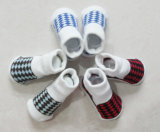 Calcetines antirresbaladizos del algodón del bebé de la manera