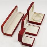 El rectángulo de joyería plástico con terciopelo e insignia imprimió (J55-E)