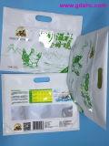Planos inferiores se levantan el bolso compuesto del alimento del papel plástico de la cremallera