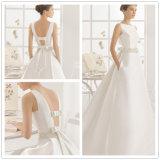 Einfache Juwel-Ausschnitt Satin Brautkleid