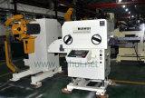 직선기와 가진 코일 장 자동적인 지류 및 압박 기계와 중요한 자동 OEM (MAC2-400.)에 있는 Uncoiler 사용