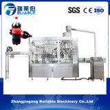 Pequeña máquina de rellenar en botella del refresco carbónico automático de la bebida