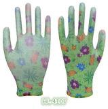 Садовничая перчатки