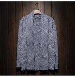 Heiße kundenspezifische Bedeckung-Wolljacke gestrickte Gewebe-Strickjacke-Kleid-lange Hülsen-Umhüllung des Mannes