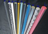 La barre acrylique colorée de tube de bâton avec magnifient