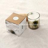 ぬれた庭はハイエンド板紙箱が付いている有機性大豆のワックスの蝋燭をかぎつけた