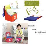 おもちゃの椅子(GSA7091S)を坐らせているFoldable記憶の子供