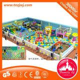 Associação plástica da areia do jogo do jogo macio interno dos miúdos