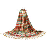 女性の長く柔らかい覆いポリエステル縞のスカーフ