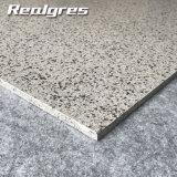 Anti tuile d'hexagone de marbre de granit de corps de modèle simple de cru de la glissade 600*600 pleine
