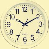 Horloge de mur fixée au mur faite sur commande de quartz d'horloge dans le prix usine