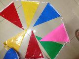 Forma personalizada personalizada que cuelga los indicadores plásticos del estampado del triángulo del PVC