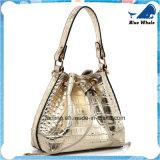 方法1肩袋が付いている銀製の女性のハンドバッグ