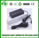 접합기 유니버설 충전기를 강화하는 리튬 Battery/Li 이온 건전지를 위한 33.6V2a 엇바꾸기 전력 공급의 중국 최고 공급자