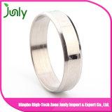 Projete seu próprio anel de aço inoxidável para homens