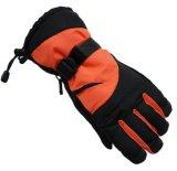 Los hombres al aire libre extendidos impermeabilizan guantes del esquí de la motocicleta