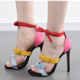 La caramella operata delle ragazze colora i sandali dell'alto tallone (HT-S1008)