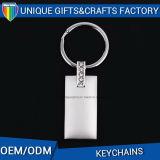 Acessórios coloridos de Keychain do metal do retângulo do logotipo da suficiência do presente da promoção