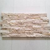 Mattonelle di mosaico beige del travertino naturale spaccato sconosciuto di disegno della Cina