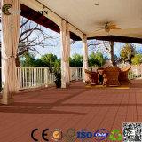 Decking al aire libre fácil del azulejo de suelo de DIY Installtall WPC (TW-02B)