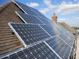 光起電世帯の電力発電システムのためのPVの小規模なシステム