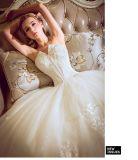 Vestido de casamento Ivory bonito do desenhador novo