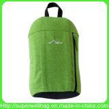 A parte traseira ocasional do dia de escola das trouxas dos esportes da venda quente embala sacos