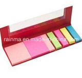 Bloc de notas de color Stickery con la pluma y la regla