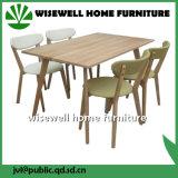Tabela de jantar de madeira do retângulo do carvalho com 4 cadeiras