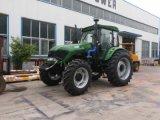 entraîneur agricole de la roue 130HP 4 avec l'instrument de ferme