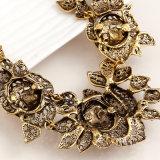 方法空のレトロの花のダイヤモンドのペンダントのネックレス