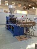 Produção do teto do perfil do PVC e linha da extrusão