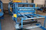 Производственная линия крен панели EPS сандвича холодной комнаты формируя машину