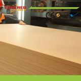 Placa de fibra de MDF Plain MDL de 2mm a 30mm Placa de MDF laminada Melamined