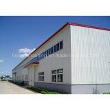 Gruppo di lavoro metallico prefabbricato/magazzino della struttura d'acciaio con il pannello a sandwich