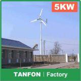 Sistema híbrido solar 3kw do vento Home do uso, sistema híbrido de Powe do vento 5kw solar