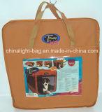 Canil e casa de cão impermeáveis do animal de estimação em um