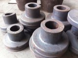 鍛造材部分によって造られるバックアップロールまたはバックアップローラーかバックアップロール